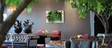Vertical Green LivePicture Gruen und Raum Wandbild